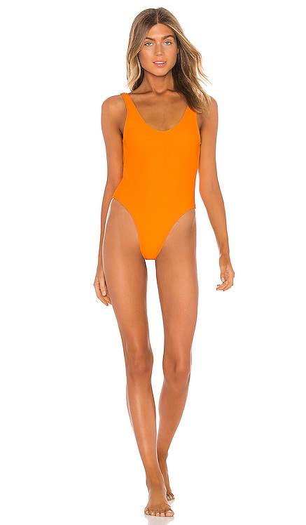 Axel One Piece lovewave $90