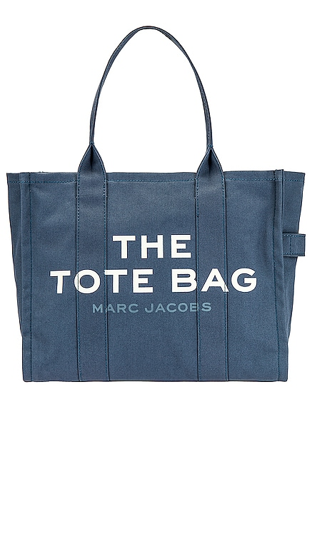 FOURRE-TOUT TRAVELER Marc Jacobs $195