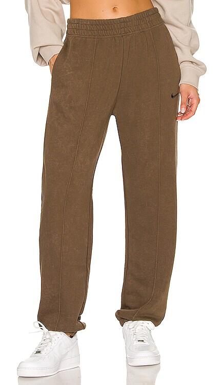 NSW Essential Fleece Bottom Nike $70 NEW