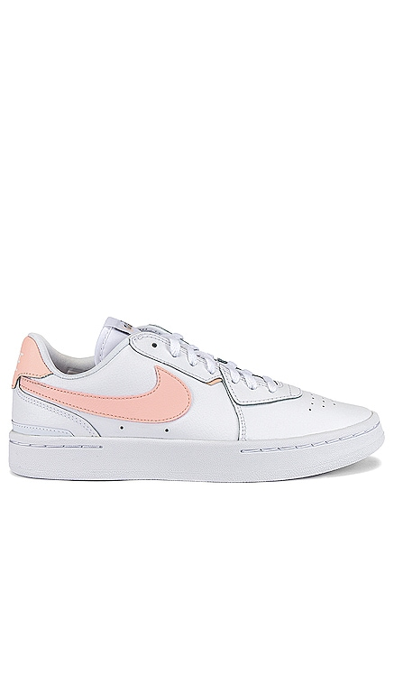 Court Blanc Nike $75 NEW