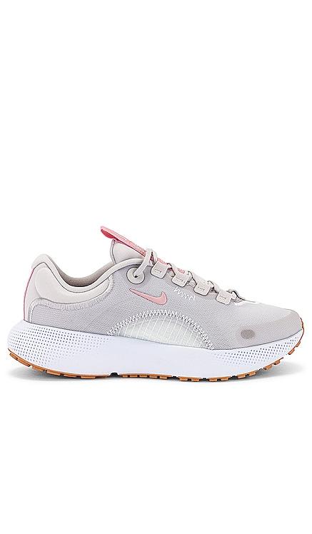 Escape Run Sneaker Nike $100