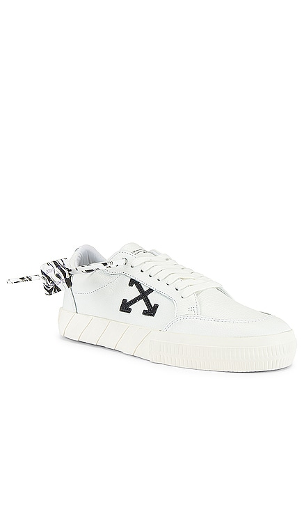 Low Vulcanized Sneaker OFF-WHITE $400