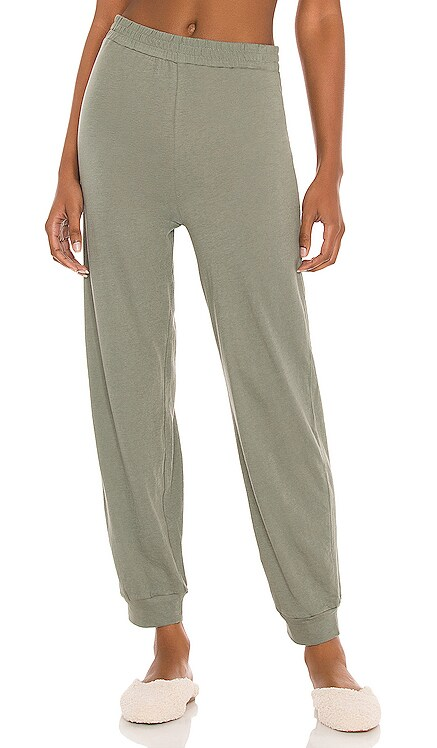 PANTALON JOGGER Only Hearts $77 NOUVEAU