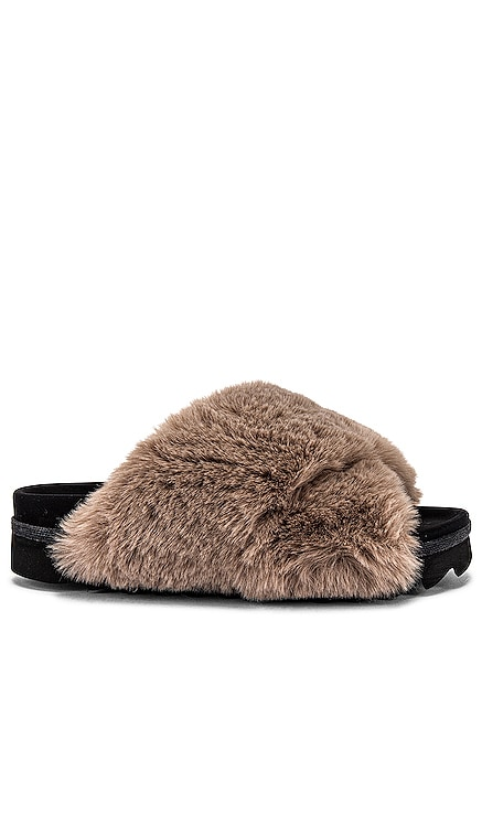 Cloud Faux Fur Slippers R0AM $130 BEST SELLER