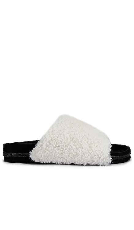 Fuzzy Faux Fur Slider R0AM $121 NOUVEAU