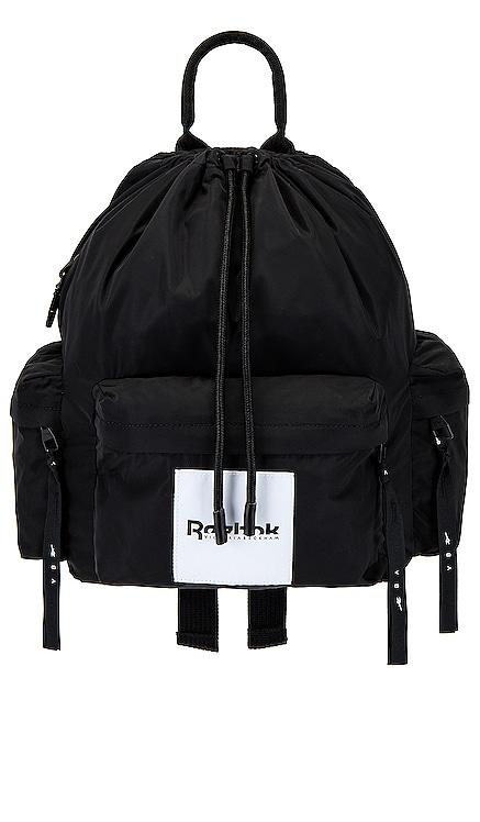 MOCHILA Reebok x Victoria Beckham $150 NUEVO