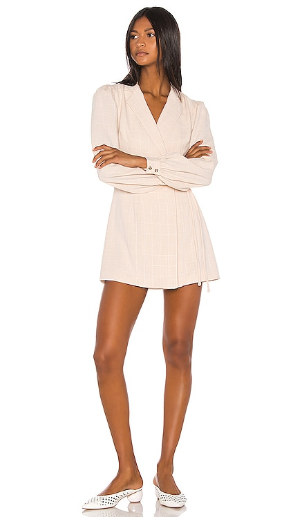 ROBE COURTE LOIS Song of Style $136