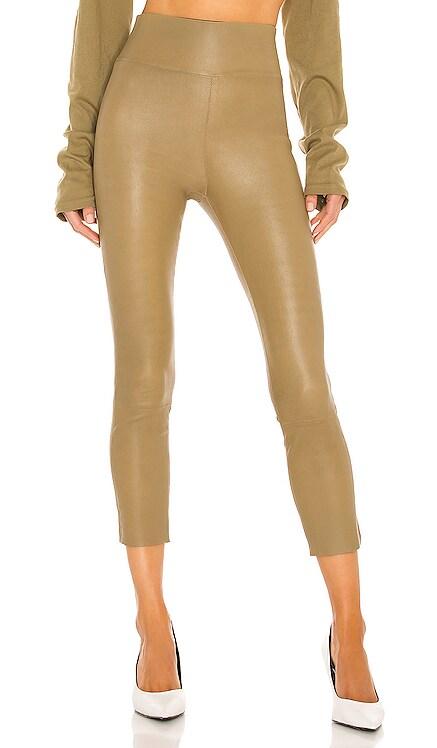 Capri Legging SPRWMN $850