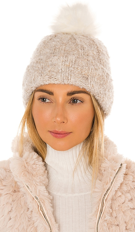 Boucle Knit Cuff Pom Hat UGG $55 NEW