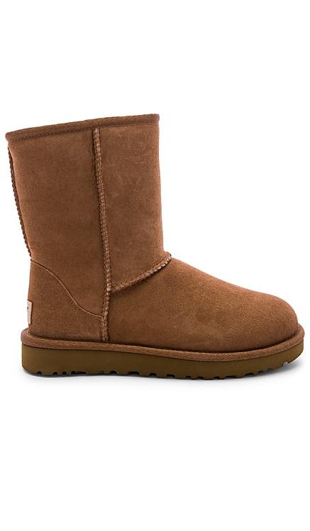 Classic Short II Boot UGG $160