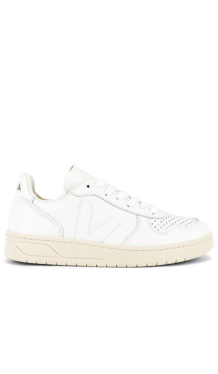 V-10 Sneaker Veja $151 NEW