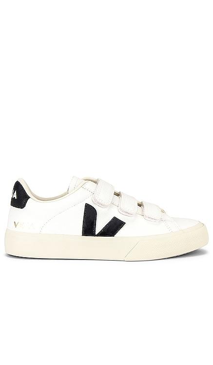Recife Sneaker Veja $150 NEW