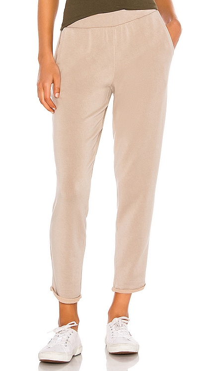 PANTALON SWEAT SUE Velvet by Graham & Spencer $139