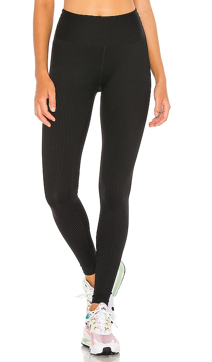 High High Ribbed Legging YEAR OF OURS $99 NUEVO