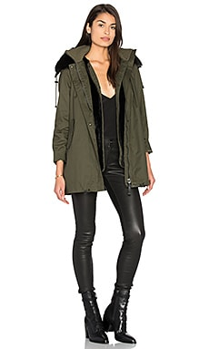 Detachable Rabbit Fur Collar Parka en Militar