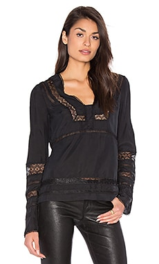 Low V-Neck Blouse em Preto