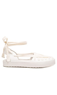 Leon Flat in White Soft Calf