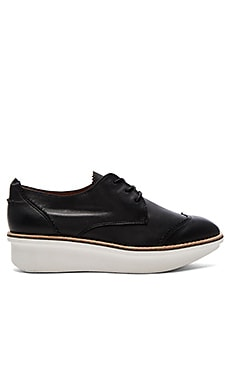 DEREK LAM 10 CROSBY Grady Oxford in Black