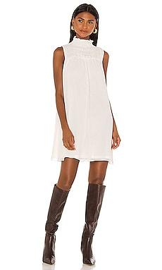Sleeveless Shift Dress 1. STATE $33