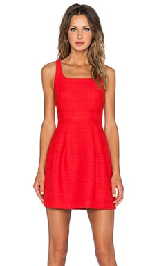Square Neck Dress en Cerise