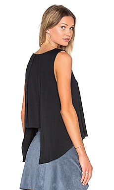 Open Back Tank in Schwarz