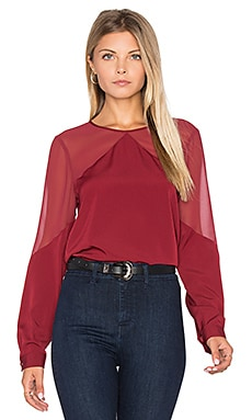 Sheer Yoke Blouse en Bordeaux