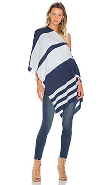Chumash Stripe Poncho en Night & Skylight