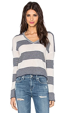 360 Sweater Ava V Neck Sweater in Chalk & Navy Stripe