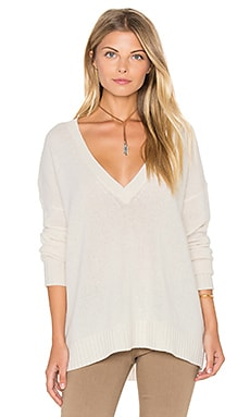 Sydney V Neck Cashmere Sweater in Chalk