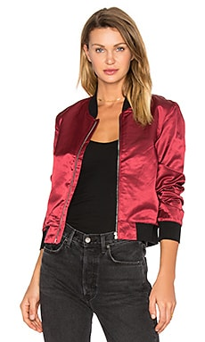 Satin Bomber Jacket en Rouge Grenat