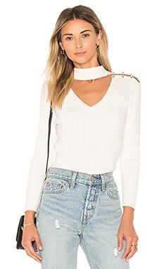 Пуловер в рубчик с застежками-штангами на плечах - 525 america