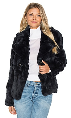 Rabbit Fur Peacoat in Marineblau