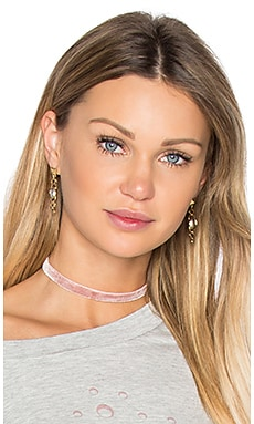 Juliette Choker en Rose