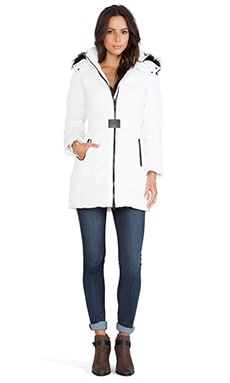 ADD Down Parka with Asiastic Raccoon Fur Border in White