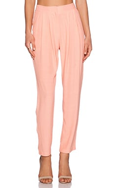 ADDISON Ciara Pleated Trouser in Peach