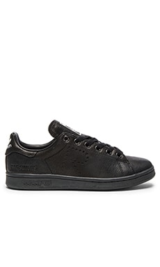 Stan Smith Aged Sneaker in Core Black
