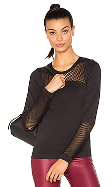 The Seamless Mesh Top in Black