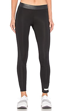 The Performance 7/8 Legging