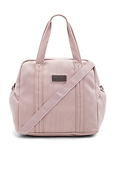Sports Bag M in New Rose