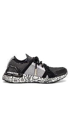 SNEAKERS ULTRABOOST 20 adidas by Stella McCartney $230 NOUVEAUTÉ