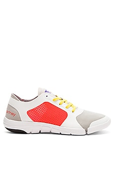 adidas by Stella McCartney Ararauna Studio Shoe in White & Platinum Mauve & Solar Red