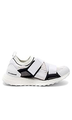 UltraBOOST X Sneaker