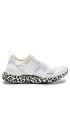 SNEAKERS ULTRABOOST X S adidas by Stella McCartney $230 BEST SELLER