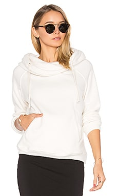 Canyon Sweatshirt in Cozy Cream Fleece