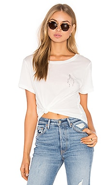 Brothers 'Middle Finger' Cropped Tee en Blanc
