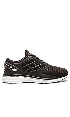 Athletic Propulsion Labs: APL Joyride in Black & Silver