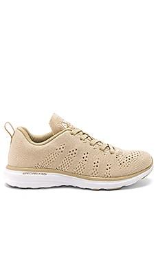 Techloom Pro Sneaker