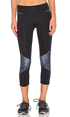 ALALA Blocked Crop Tight in Black & Blue Camo