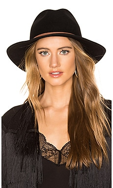 Aurora Hat ale by alessandra $64