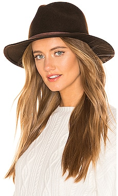 Aurora Hat ale by alessandra $45